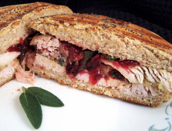 turkey-panini-with-cranberr