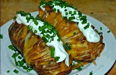 Hasselback Garlic Potatoes With Bacon & Cheese Recipe!