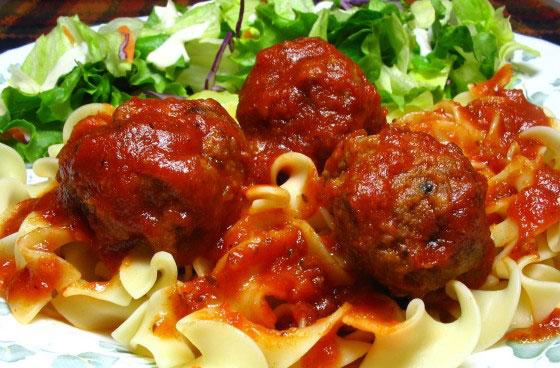 Beer Braised Meatballs – Delicious Sauce