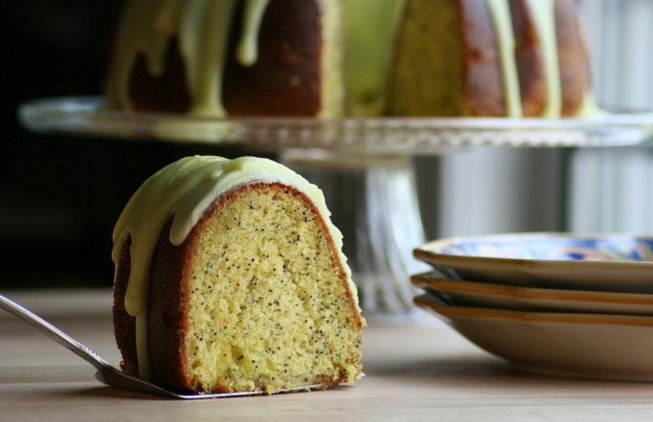 Lemon Poppy Seed Cake – Moist & Delicious